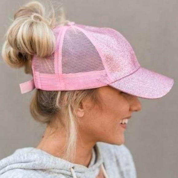 Glitter Ponytail Hat 🦄 d65c91f7051